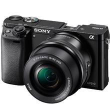 Sony Alpha A6000 + 16–50mm, fekete